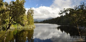 Nový Zéland, lake Matheson panorama