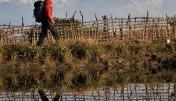 Himaláje - jezero jako zrcadlo
