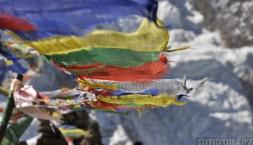 Himaláje, Nepál - modlitební vlaječky