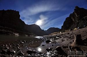Colorado river, Grand Canyon, úplněk