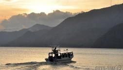 Jezero Atitlan, západ slunce Panajachel