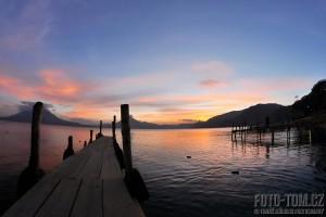 Jezero Atitlan, Panajachel, západ slunce