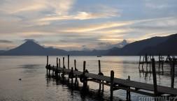 Panajachel a jezero Atitlan