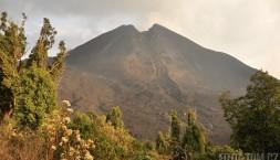 Sopka Pacaya (2552 m.n.m.), naposledy soptila v květnu roku 2010