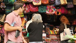 Guatemalská tržnice v Antigua