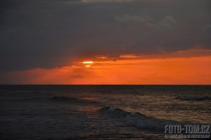 Západ slunce nad Karibikem