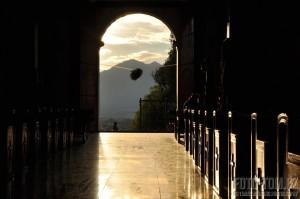 Nasvícený kostel, Mexiko